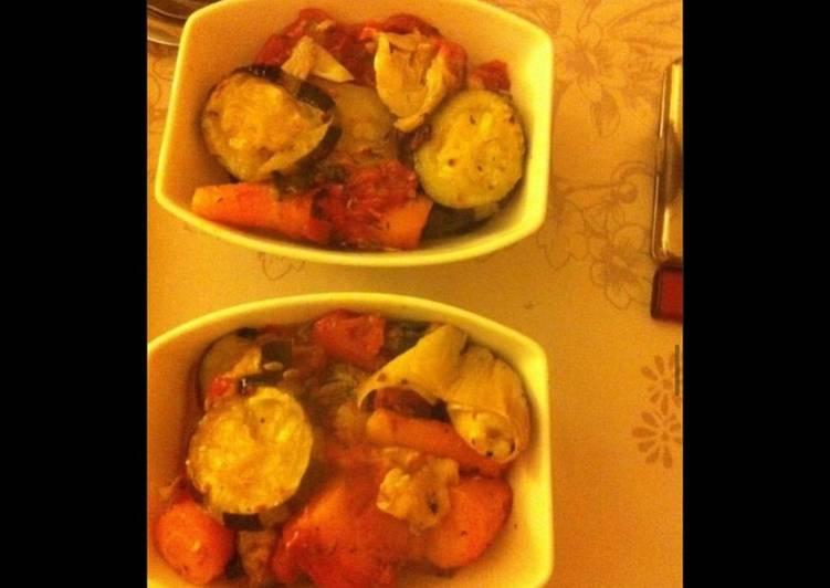 Cassolettes de légumes (courgettes tomates carottes poireaux) au jambon cru