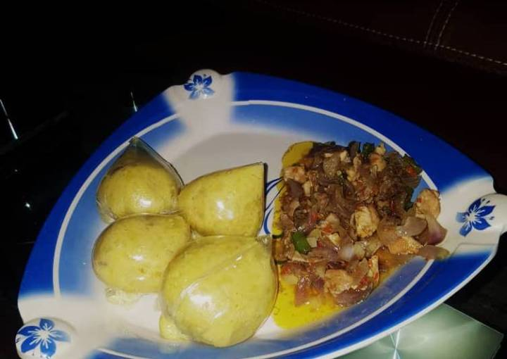 Alalen dankali with chicken sauce