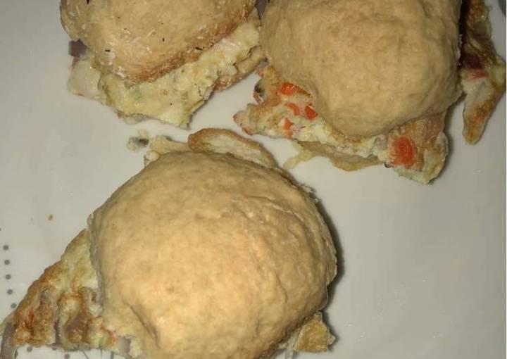 Omelette in homemade bread
