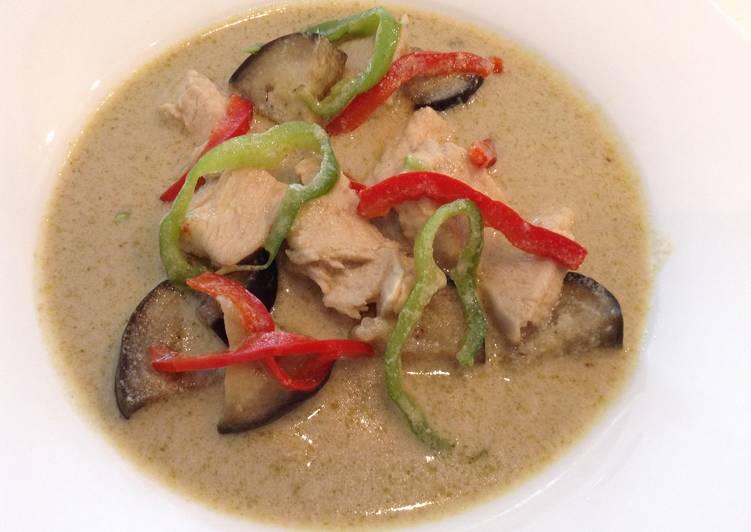 Curry vert de poulet à la thaïlandaise