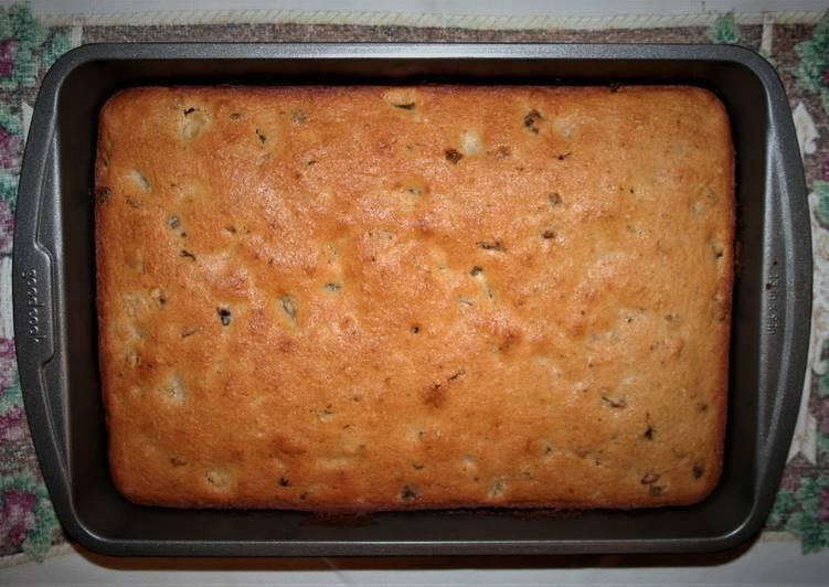 T's Applesauce Cake