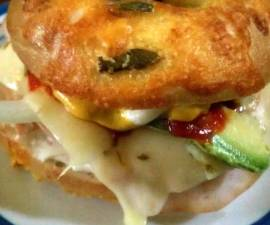 How to Make Perfect jalapeno cheese bagel sandwhich