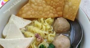 Bakso Malang (Resep Kuah Bakso Homemade)