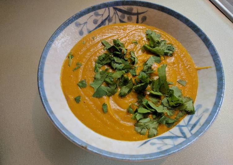 Kumara and carrot lentil curry soup