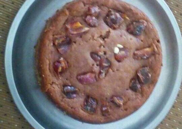 Eggless wheat dates and cashew cake
