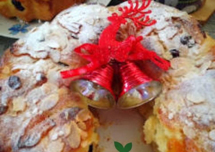 Roscón de reyes - Spanish Christmas Cake