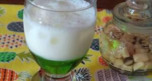 Ice melon syrup latte