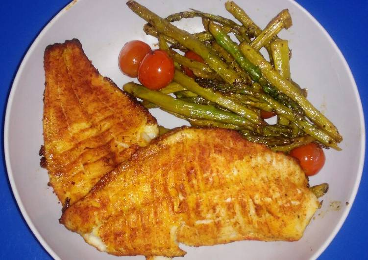 Recipe: Yummy Baked Catfish with Asparagus & Tomatoes ...