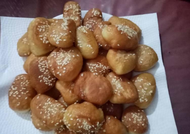 Roti Goreng / Odading/ Bolang Baling
