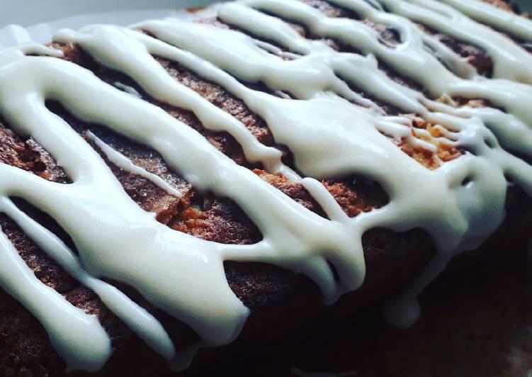 Banana Drizzle cake!!