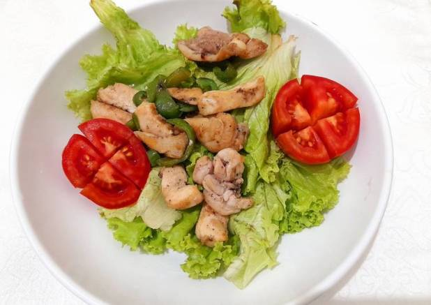 Simple Salad Ayam balsamic