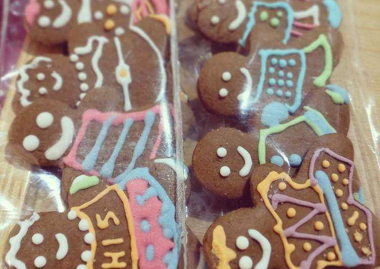 Gingerbread Man with Royal Icing