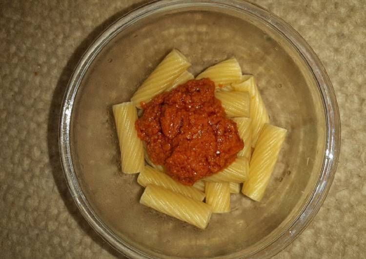 Tortiglioni with Red Tomato Pesto