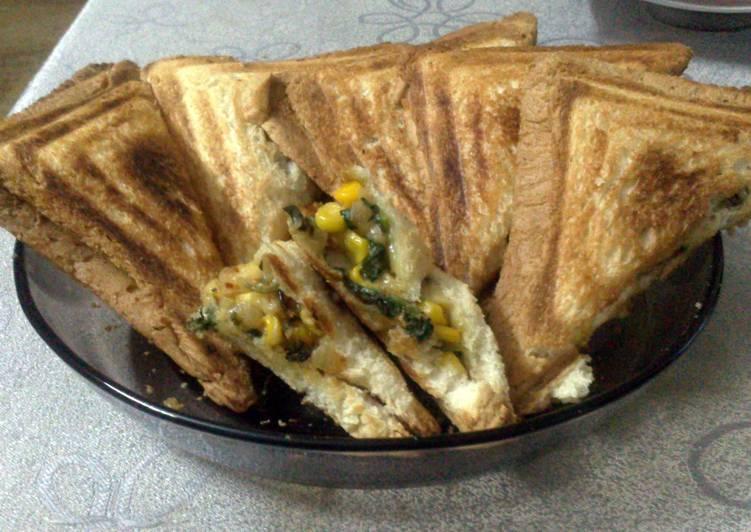 Spinach Corn Cheese Sandwich