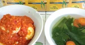 Today Menu: Telur Sambalado, Soup Sawi wortel