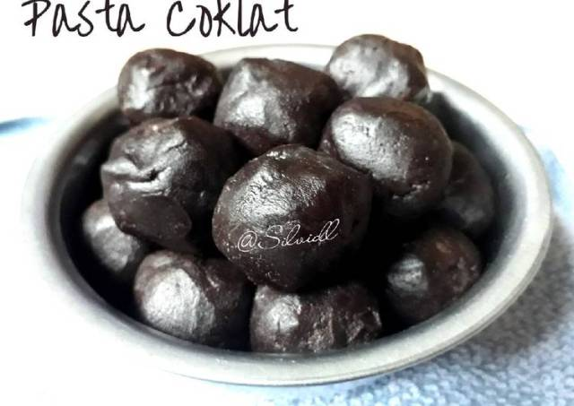 Pasta Coklat isian Pia/ Roti/ Nastar