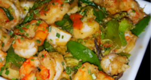 Mike's Spicy Garlic Shrimp & Scallop Asian Stir Fry Over.Rice