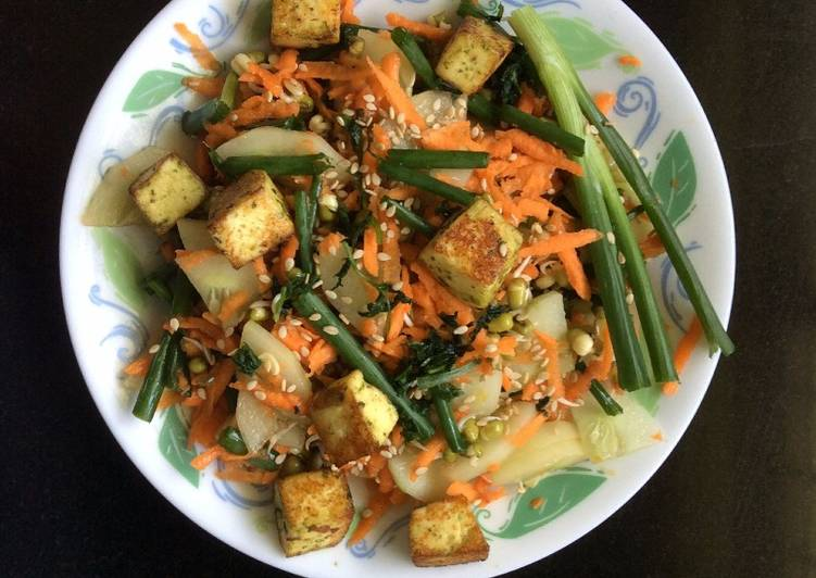 Asian Style Salad With Tofu