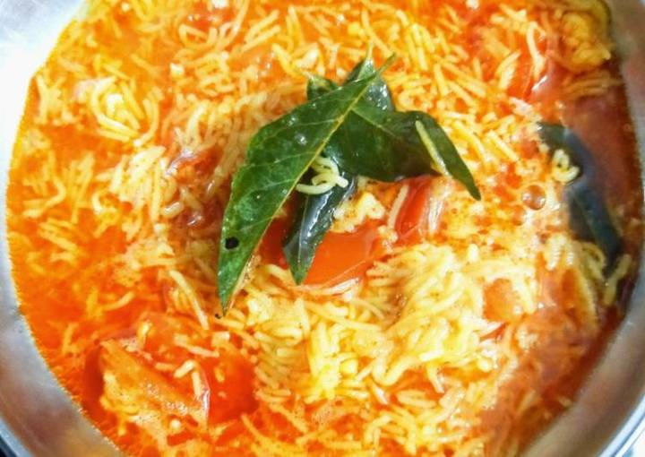 Sev-Tomato Curry