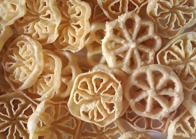 Kembang goyang manis(wijen) renyah