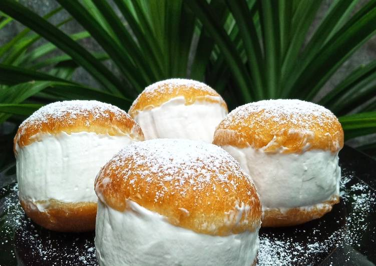 Milk Cream Donut (Donat Viral Korea)