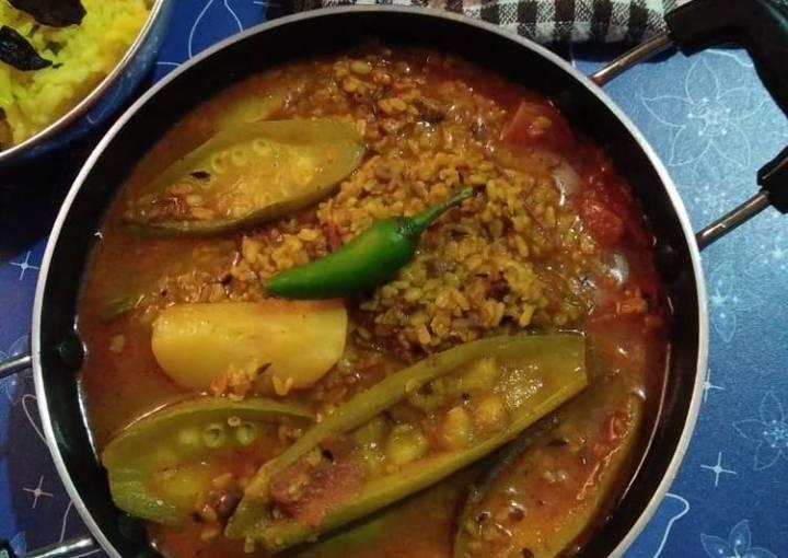 Parwal and moong dal ki curry