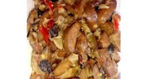 Jengkol goreng sambal terasi