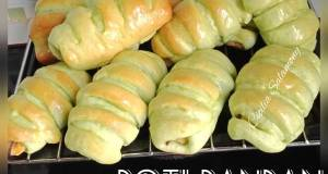 Roti Pandan Isi Pisang Meses Keju