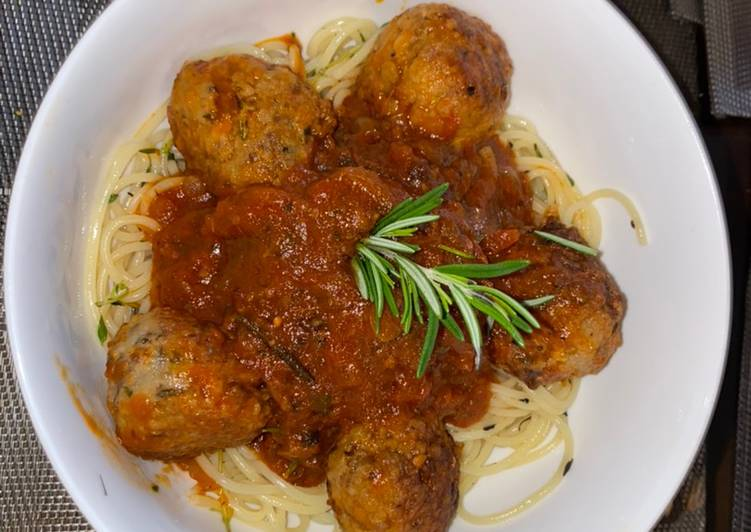 Meatballs with Rosemary and Tom Sauce