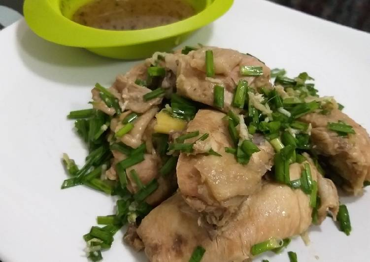 Steamed ginger chicken (ayam jahe kukus)