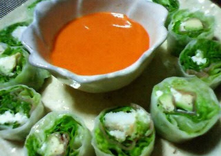 Fresh Spring Rolls with a Delicious Sauce