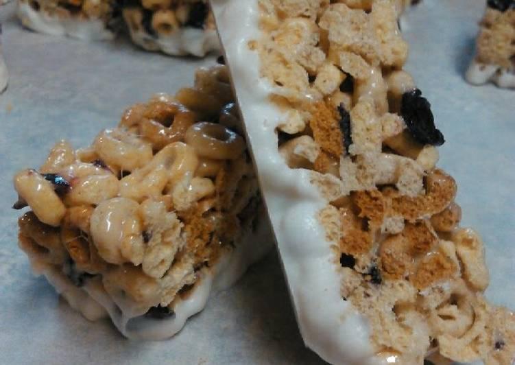 Blueberry Cherrio Cereal Bars