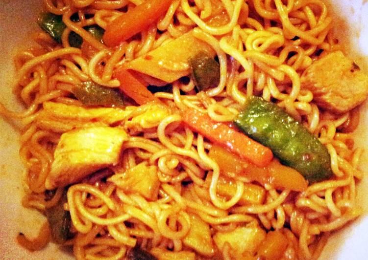 Spicy Thai Chicken Noodle Wok