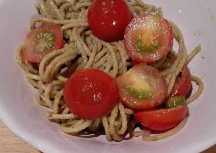 easy whole grain pasta pesto