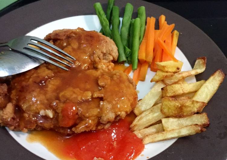 Crispy Chicken Steak (w/ brown sauce)