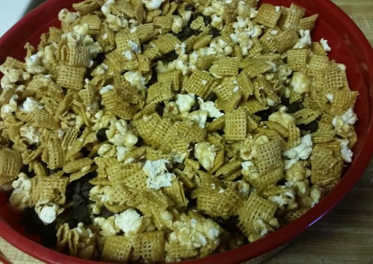 """More Please"" Popcorn Mix"