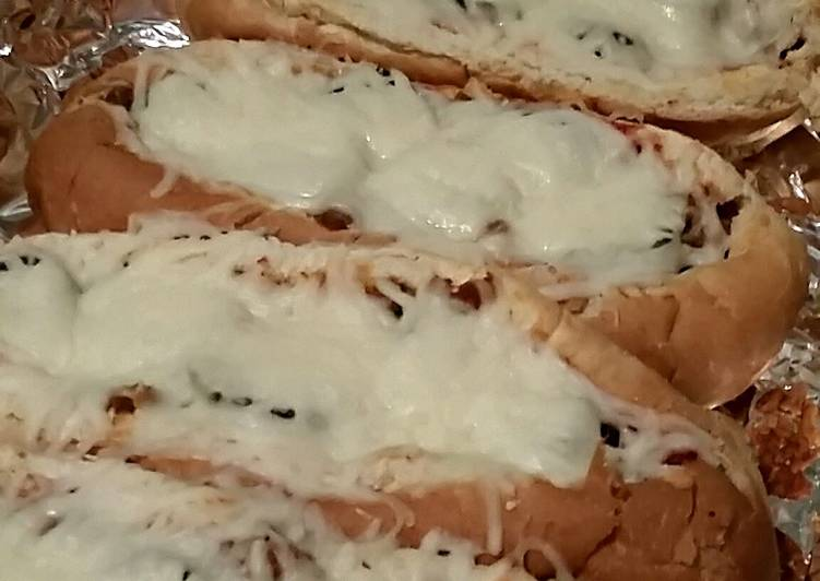 Graziano Italian sausage sandwiches