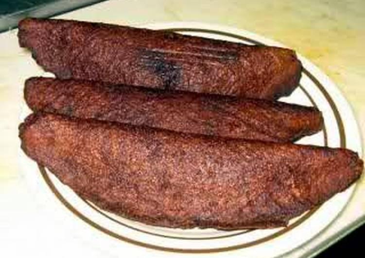 Alcapurrias (Beef stuffed fritters)