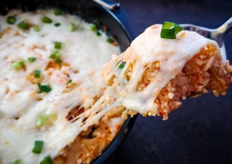 Keto chicken and kimchi rice bake