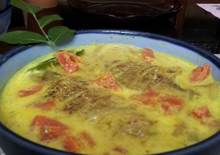 Fish Molee(kerala style)