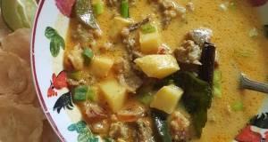 Soto betawi (daging sapi)