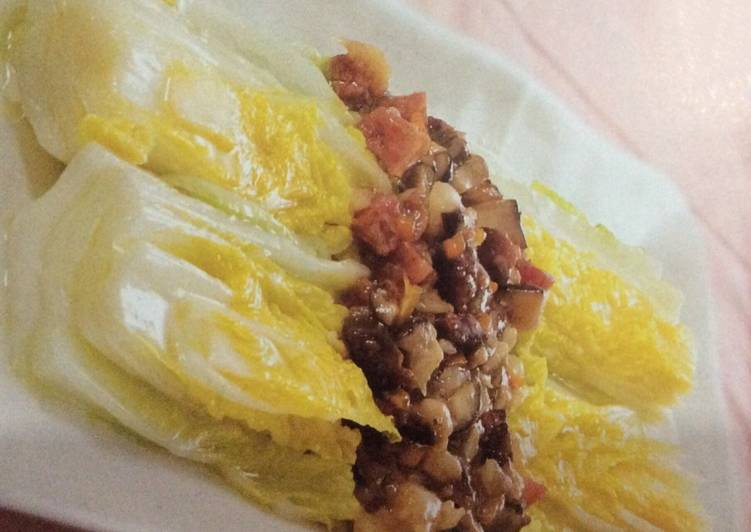, Recipe: Tasty Braised Chinese white cabbage with preserved sausages