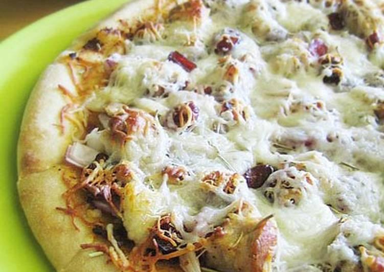 Chicken  Cranberry Pizza