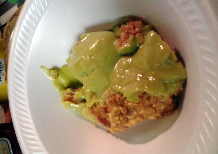 vegan avacado key lime mini-pies