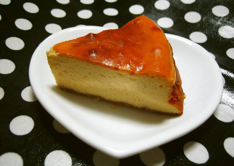 Super Easy Baked Cheesecake