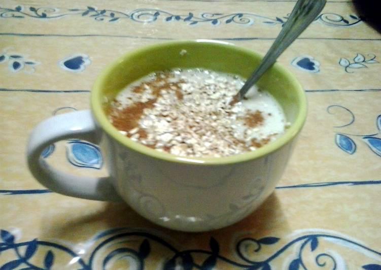 banana soya yogurt smoothie (lactose free)