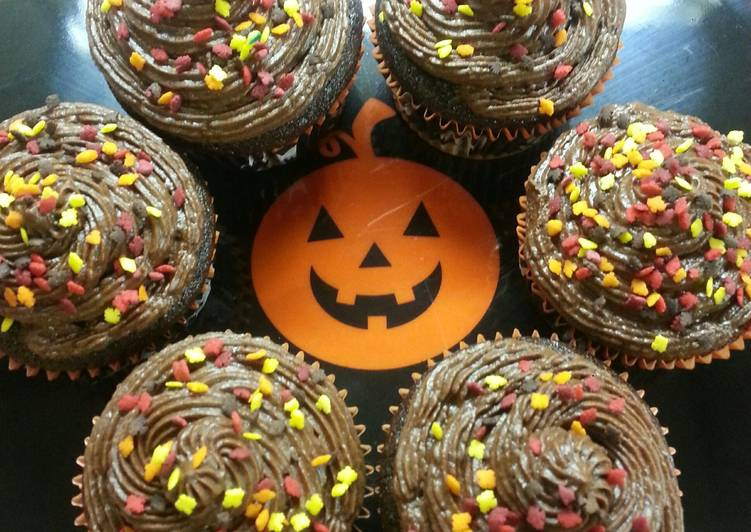 Fall Chocolate Mocha Cupcakes