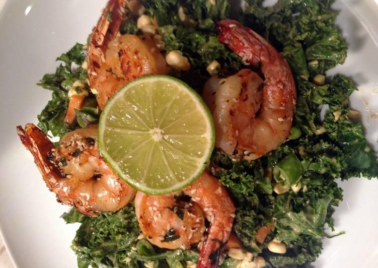 Spicy Thai Shrimp & Kale Salad