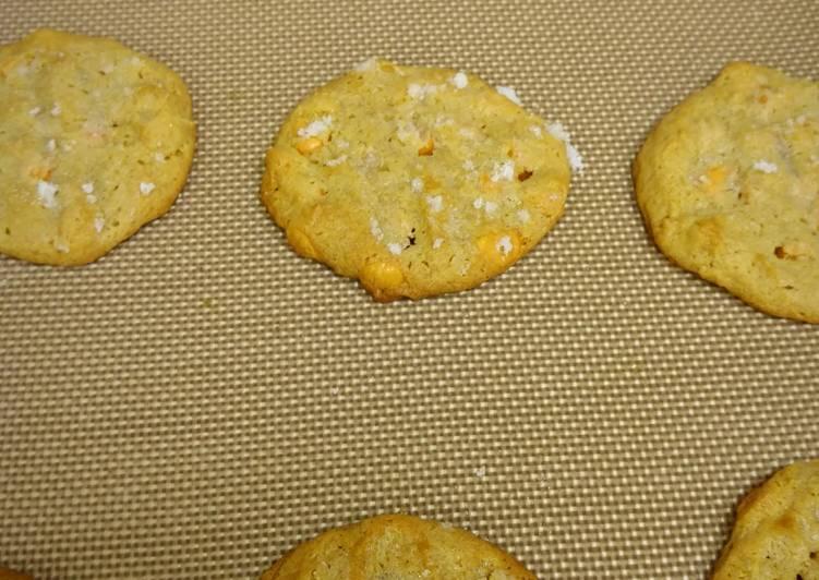 Butterscotch Chip Peanut Butter Cookies
