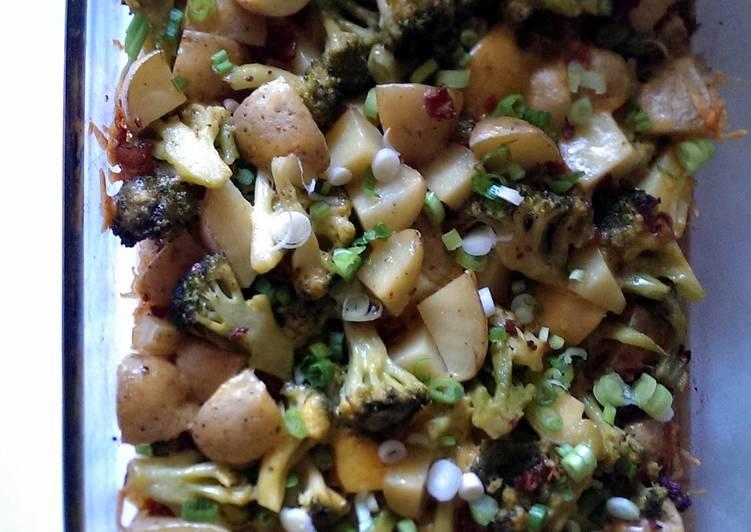Baked potato and broccoli casserole